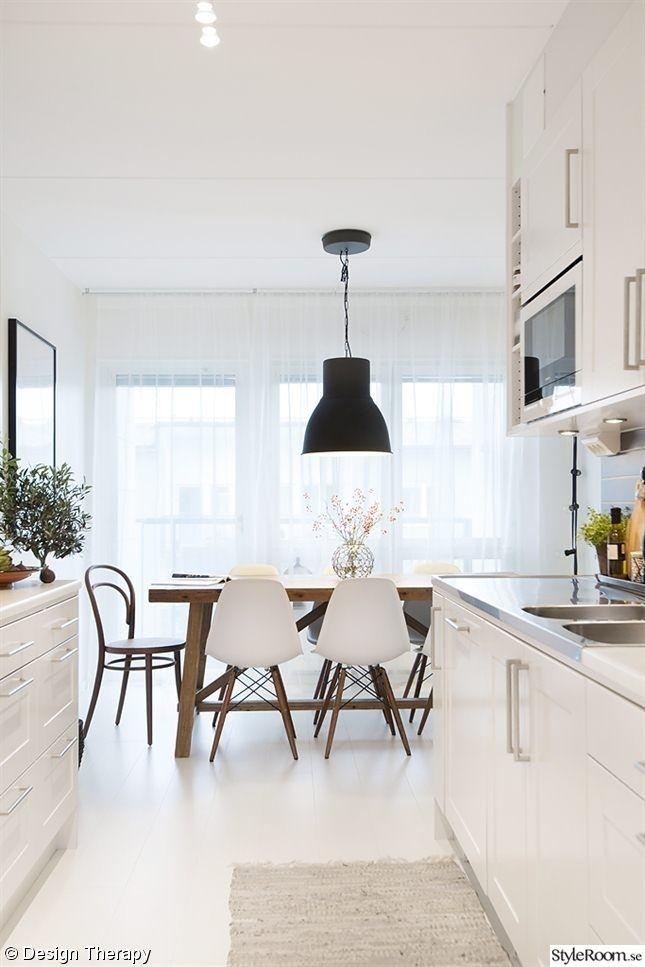 5 on friday ginny hughes. Black Bedroom Furniture Sets. Home Design Ideas
